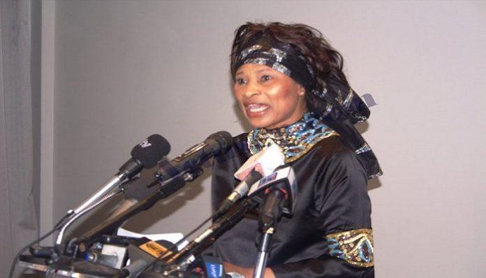 Aïssata Tall Sall dénonce l'enclavement de la région de Sédhiou