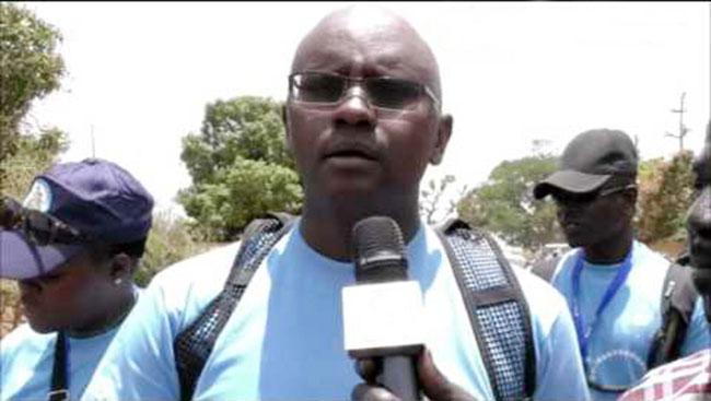 """Moussa Sy: """"Macky Sall et son gouvernement de nullards et de tocards ont retardé le pays pendant 5 ans"""""""