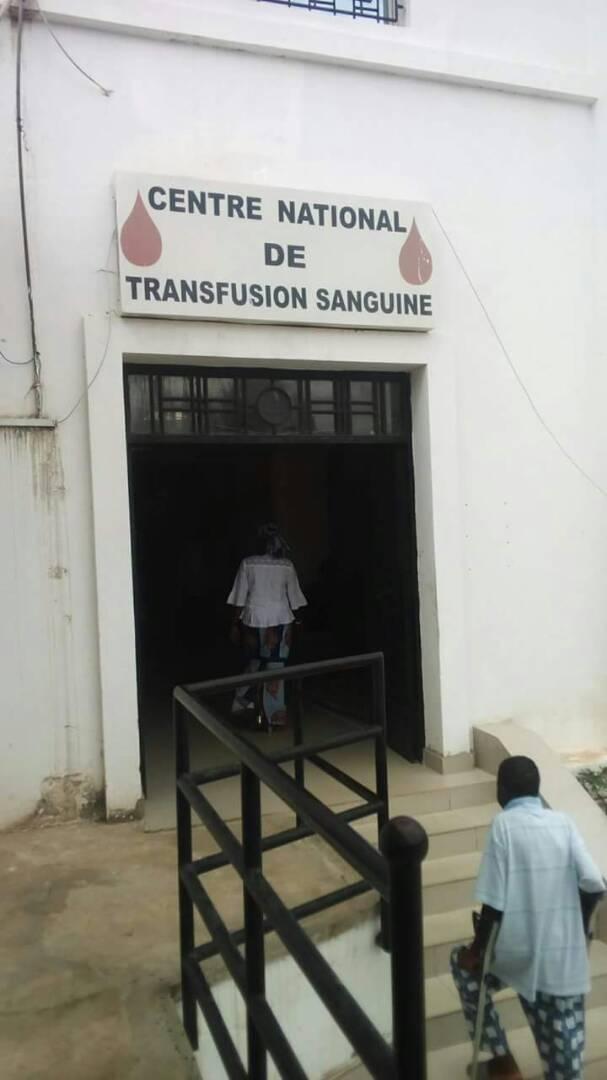 Don de sang: Très forte affluence des jeunes au Centre de transfusion sanguine, ce lundi