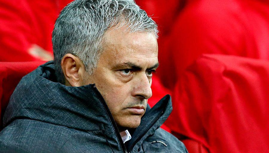 """Mourinho n'est """"pas content"""" du mercato du MU"""