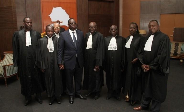 Recours en annulation rejeté: Les 7 Sages valident le choix des 5 bulletins de vote