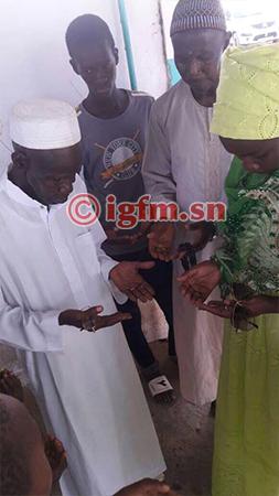 (Photos) Niatam Bâ au service du social, l'animatrice de la RFM fait des dons aux mosquées de Khombole