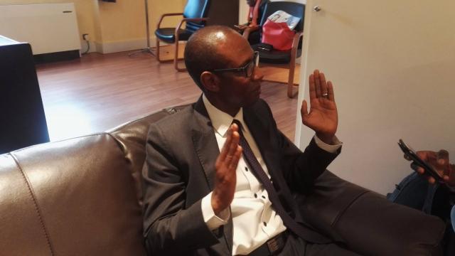 """""""La police française reste en alerte, elle peut intervenir à chaque fois que de besoin"""", prévient le consul à Paris, Amadou Diallo"""