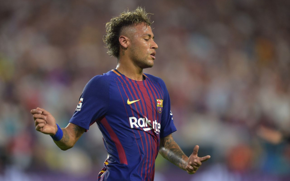 Ça est, c'est fait, Paris prépare à accueillir Neymar