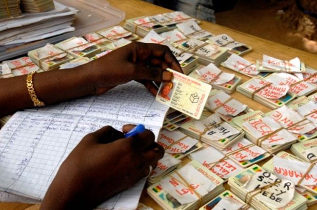 Distribution des Cartes d'identité biométriques: Le service reprend dans les préfectures et consulats