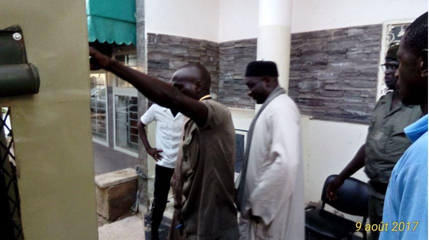 Saccage de bureaux de vote à Touba: Serigne Assane Mbacké et Mor Lô écroués, les frères Dolly libres de toute poursuite