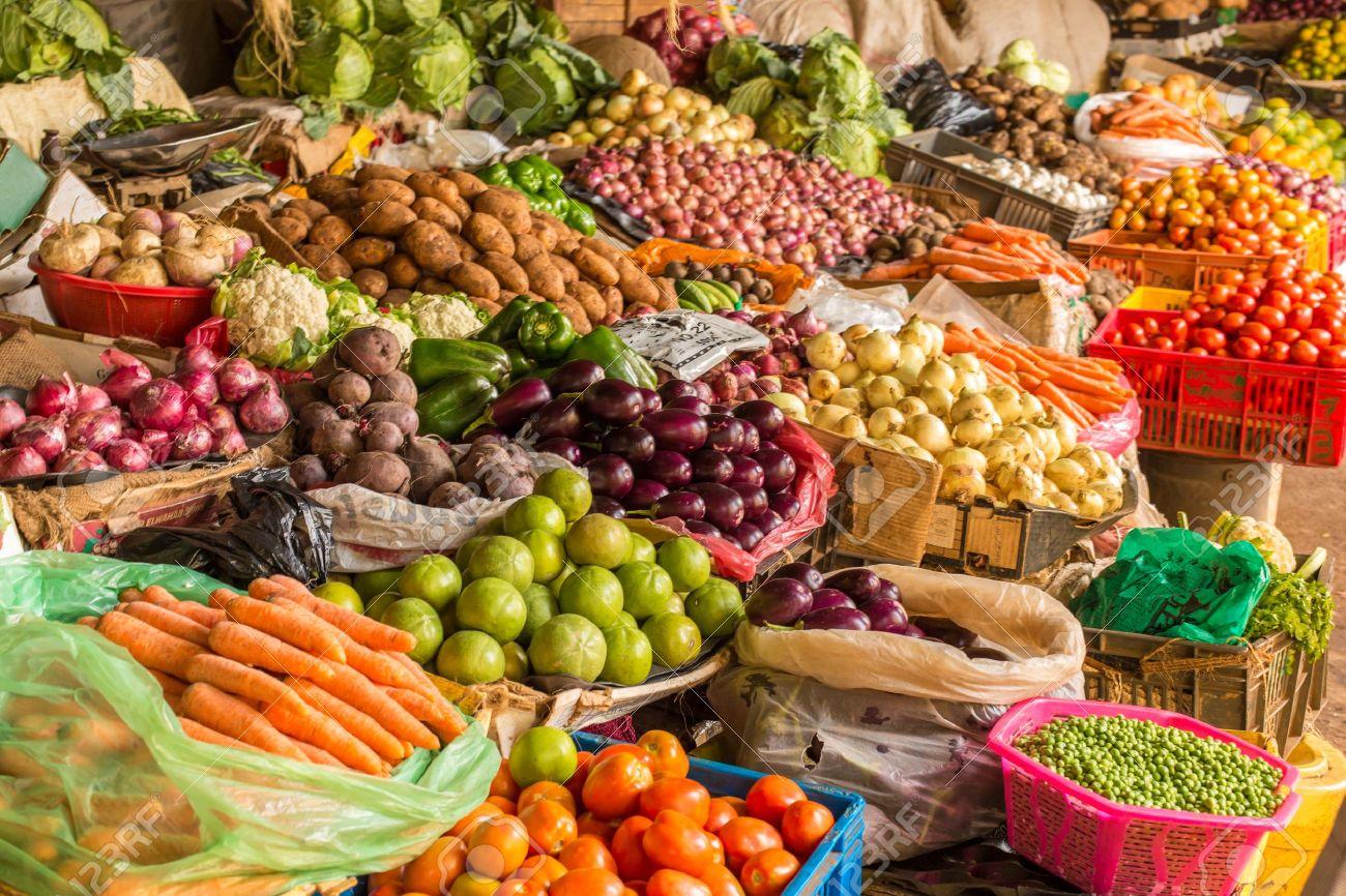 Dossier Leral marché de l'oignon et de la pomme de terre : Commerçants et clients peinent à s'accorder sur les prix