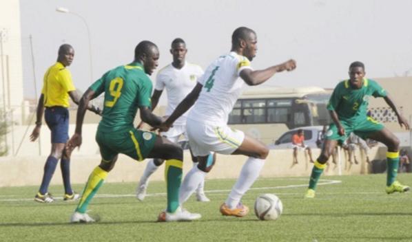 """Chan 2018 : Les """"Lions"""" locaux laminés par le Syli de la Guinée (0-3), à la mi-temps"""