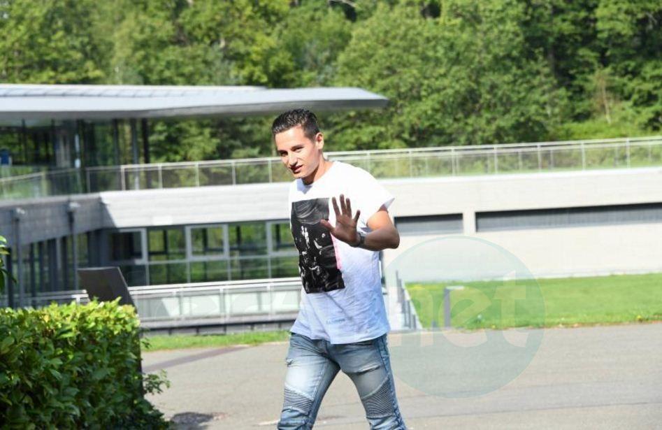 Photos: L'arrivée des Bleus à Clairefontaine pour leur match contre le Pays-Bas, en éliminatoires de Coupe du Monde