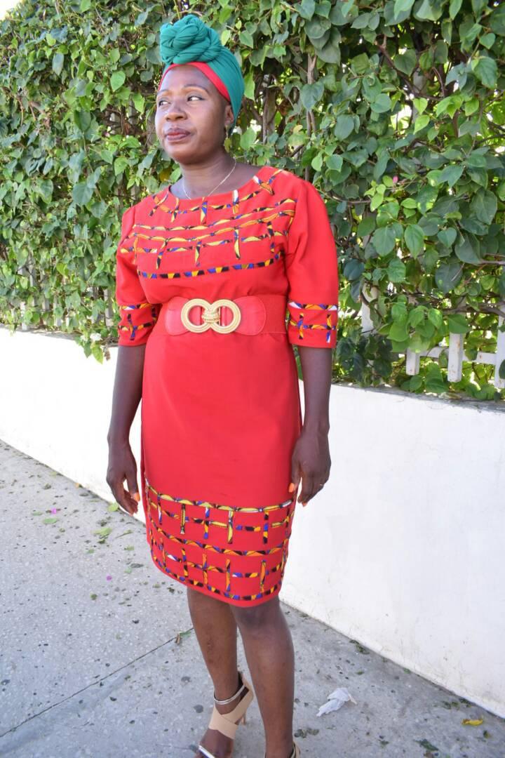 Photos : Etuma Séba jubile après la libération de son mari Kémi Séba, regardez