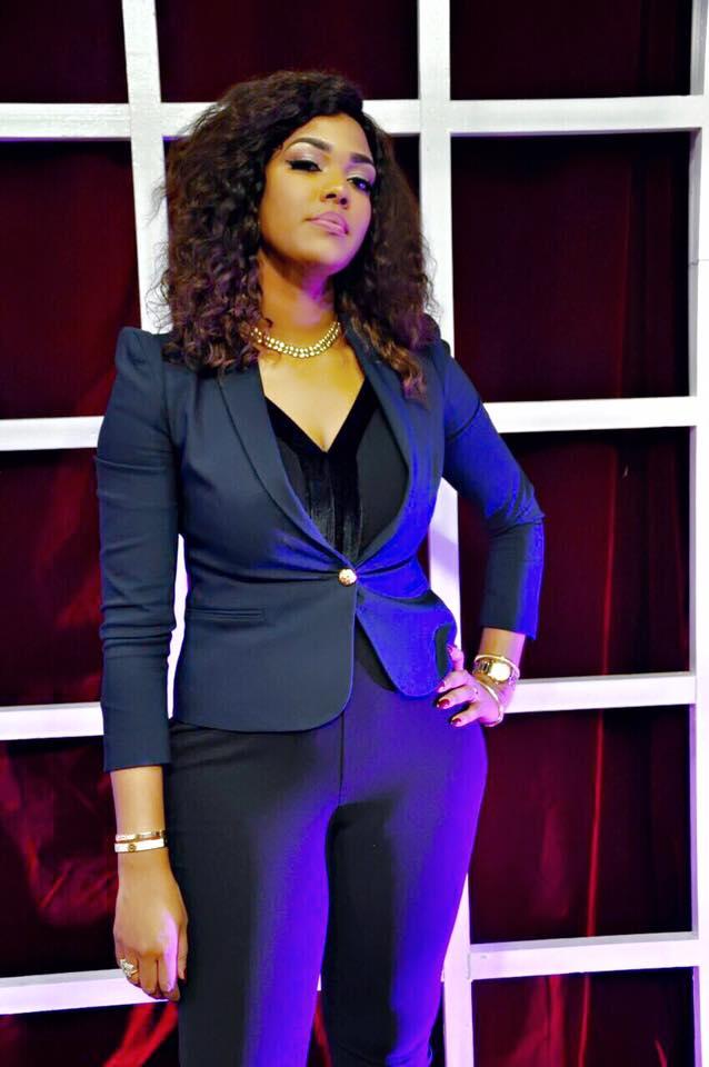 10 photos : Ya Awa Dièye va se marier avec un milliardaire sénégalais de teint clair, ça se discute...