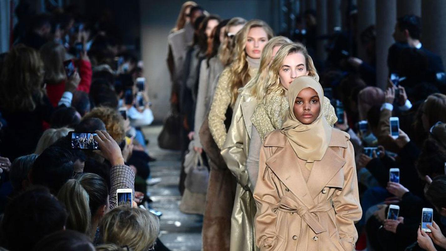 Photos : Halima Aden, le top-modèle en hidjab qui fait fureur sur les podiums