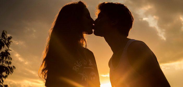 Canada : une jeune fille trouve la mort après un simple baiser. Explication