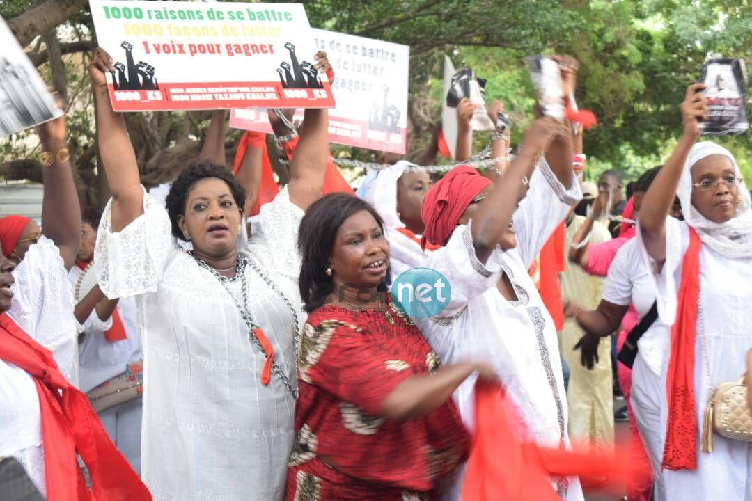 (13 Photos) Les partisans de khalifa Sall devant l'Assemblée nationale