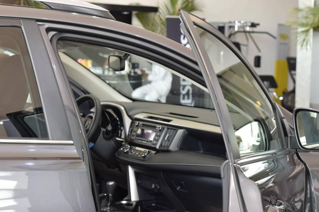 """2017 Lexus LX 570 - interior/Exterior & """"OFFROAD"""" : La nouvelle image de Lexus par Expert Auto Dakar"""