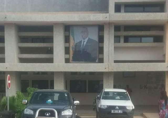 La photo du Président Macky Sall devant l'hôpital Dalal Jamm, indigne les facebookeurs