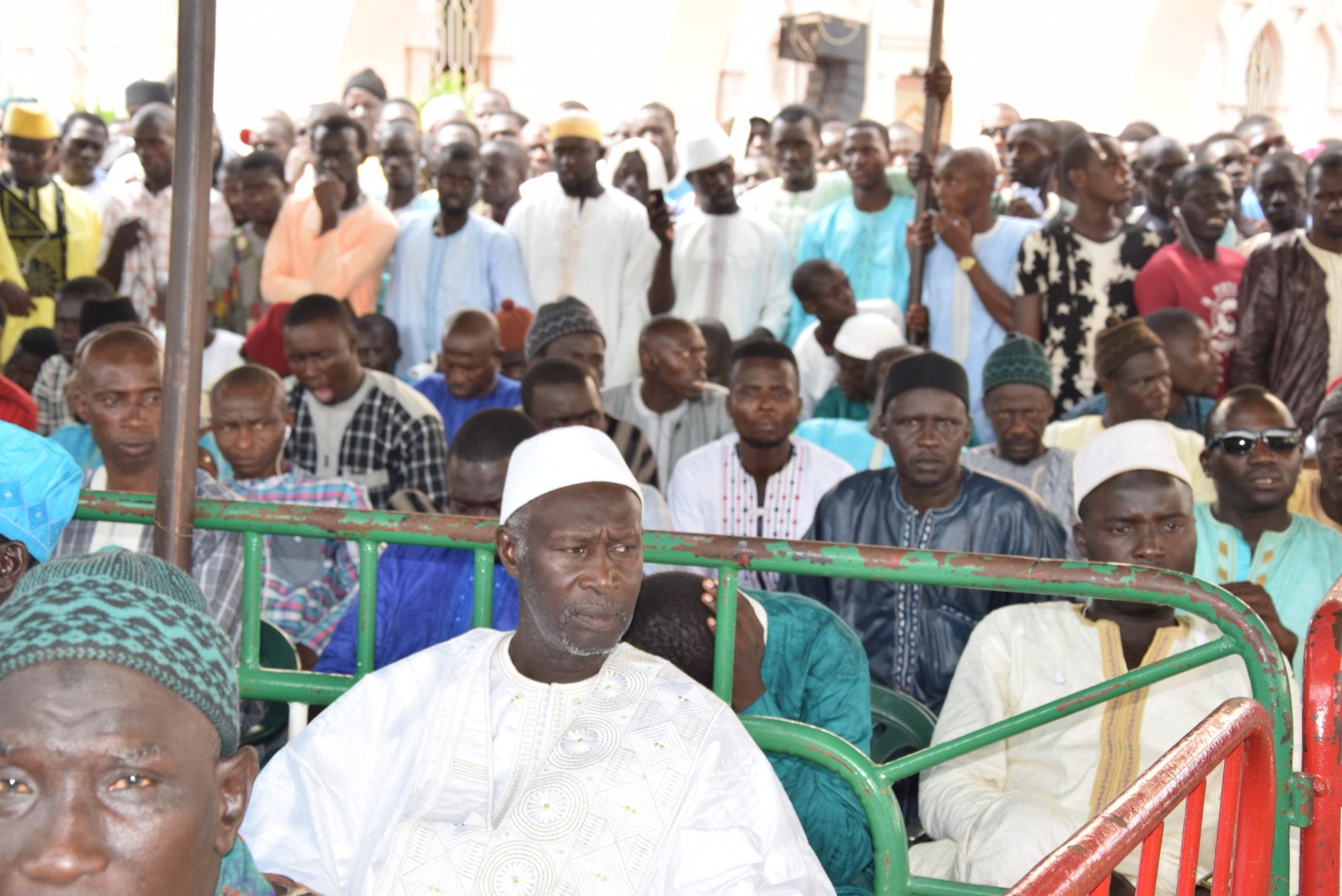 (20 Photos) – Tivaouane: en direct de la cérémonie du 3ème jour du décès de Al Amine
