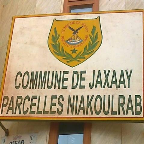 Commune de Jaxaay: Le maire fait arrêter deux conseillers municipaux, accusés d'escroquerie