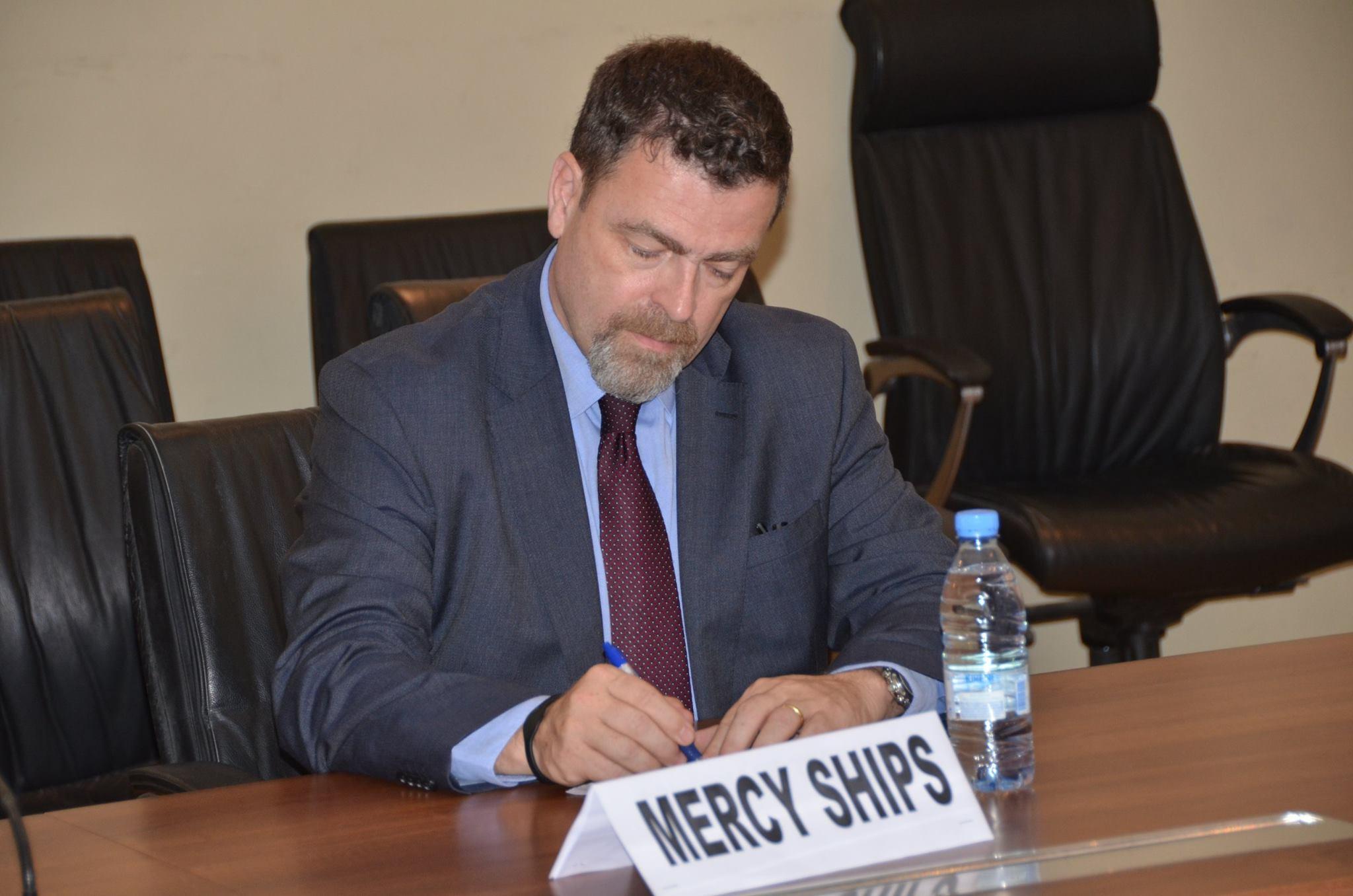 Dakar: Signature d'Accord de siège pour le bateau-hôpital entre le Gouvernement du Sénégal et  l'ONG « MERCY SHIPS » (Images)