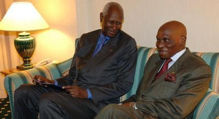 Financement occulte des partis : Abdou Diouf arrosait Me Wade par l'intermédiaire de Tanor Dieng