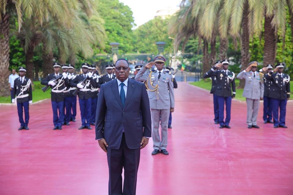 Cérémonie solennelle de levée des couleurs au Palais de la République : Macky Sall s'incline encore devant la mémoire Serigne Abdoul Aziz SY Al Amine