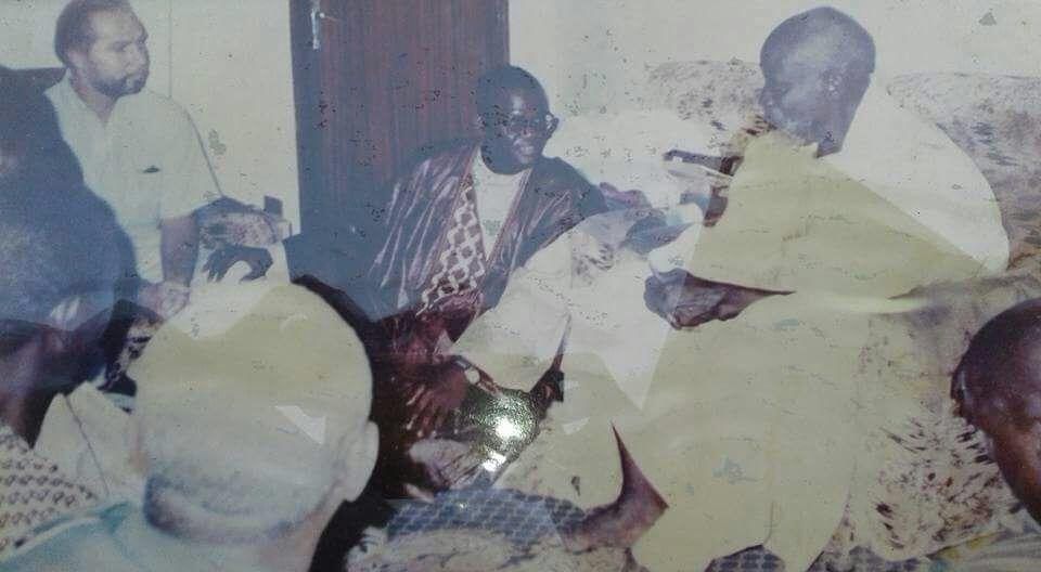Photo collector : Modibo Diop avec Serigne Saliou et Pascal Chaigneau en 1999