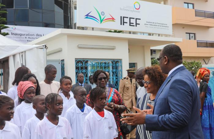 Macky Sall accompagné de Michaël Jean à l'inauguration de l'Institut de la Francophonie pour l'Education
