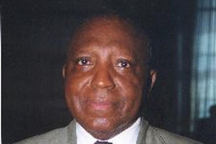 """Le Pr Nzouankeu confirme le Pr Babacar Guèye : """"Macky Sall peut briguer un 3e mandat consécutif  en 2024"""""""