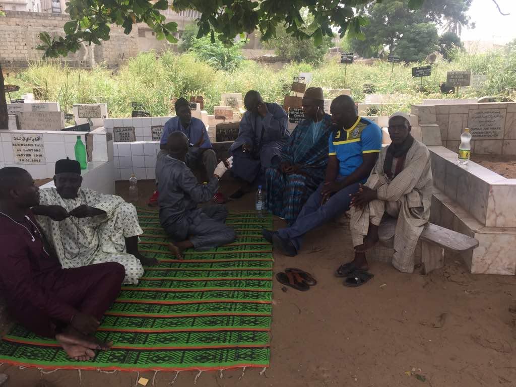 Réunion préparatoire de la journée de désherbage des cimetières de Pikine
