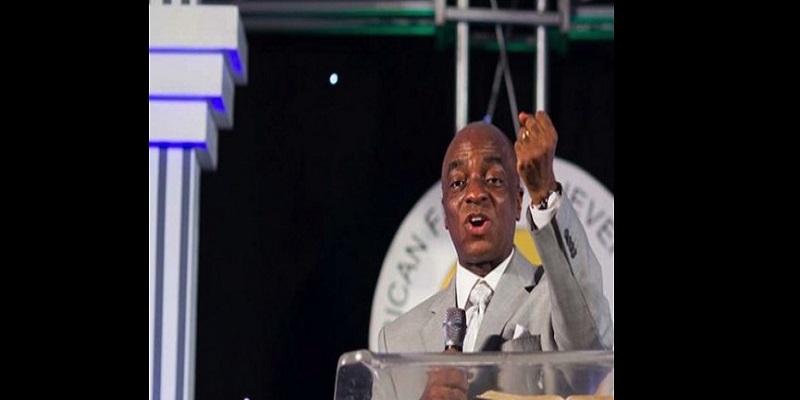 « L'homme noir est paresseux », selon le pasteur nigérian David Oyedepo