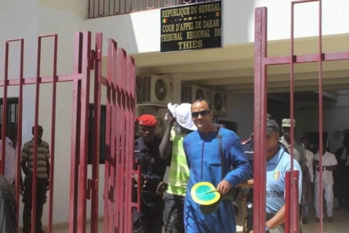 URGENT : Luc Nicolaï condamné à 5 ans, un mandat d'arrêt décerné contre lui, 300 millions FCFA de dommages et intérêts payés à Touly et Lamantin Beach