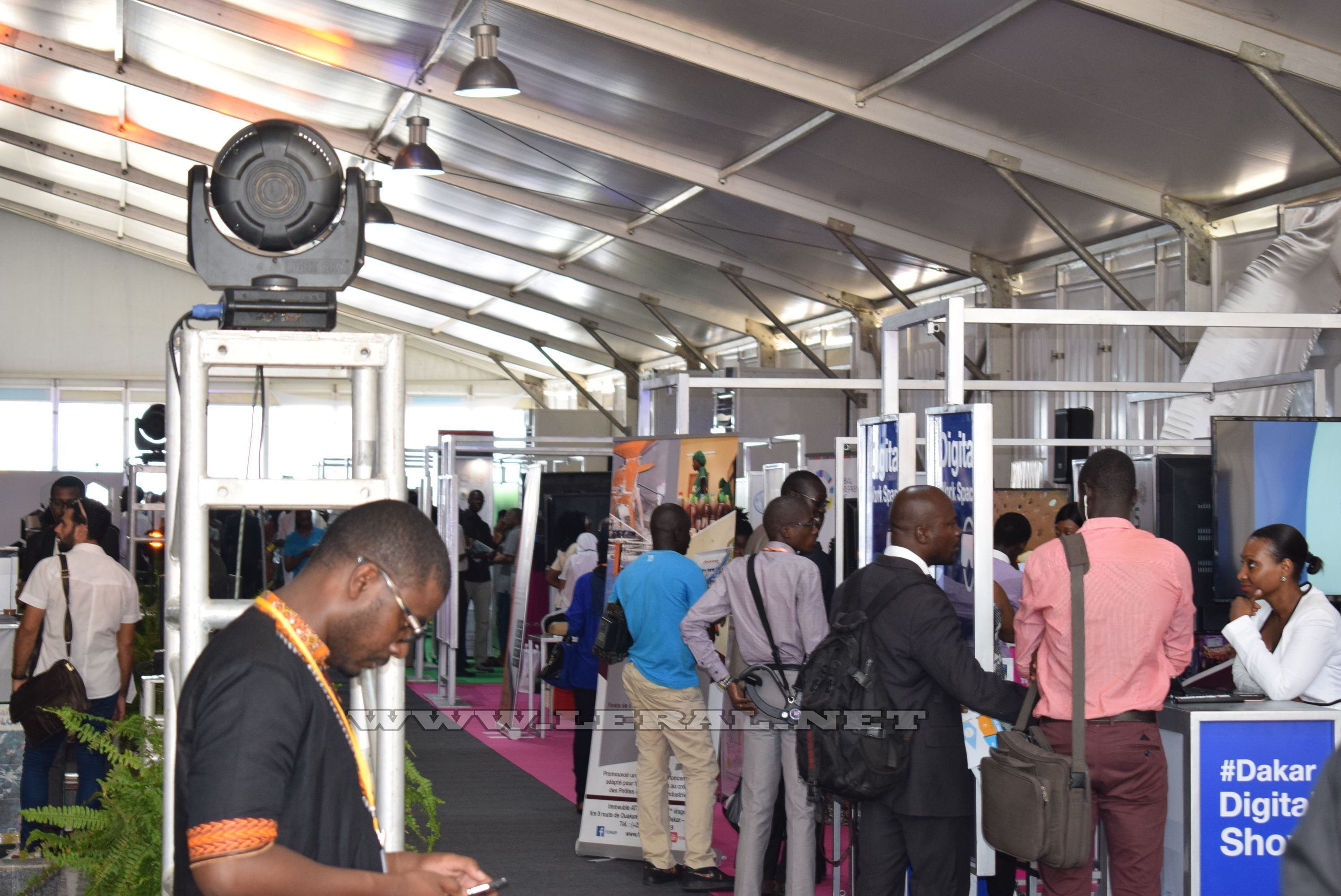 """Sonatel: les images du forum de la deuxième édition du """"Dakar Digital Show"""""""