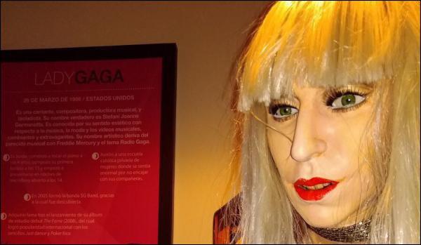 AU PÉROU: Le double de Lady Gaga complètement raté