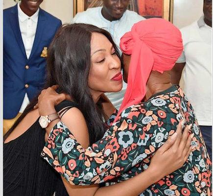 Viviane Chidid invitée chez l'ex-couple présidentiel de la Côte d' Ivoire, Henri Konan Bédié et sa femme.