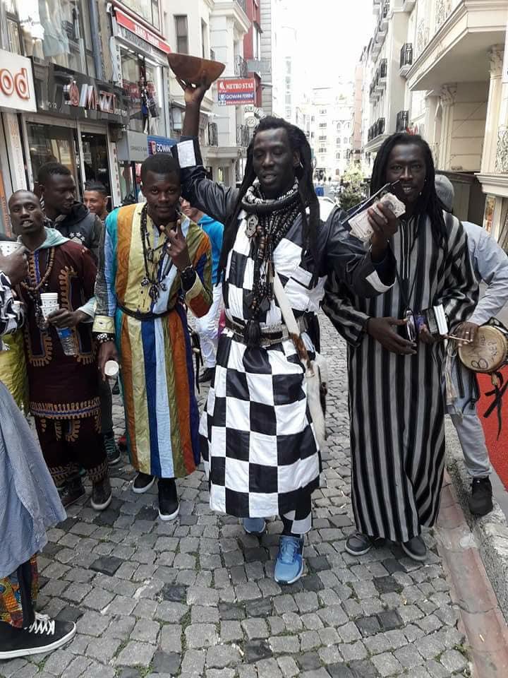 Photos: Le Magal se prépare à Istanbul