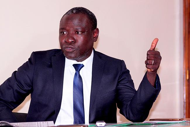 "Attaques terroristes : Bakary Sambe met en garde contre la ""psychose"""