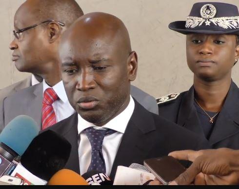 Marché des cartes biométriques : Aly Ngouille Ndiaye révèle avoir signé un chèque de 12,5 milliards F Cfa