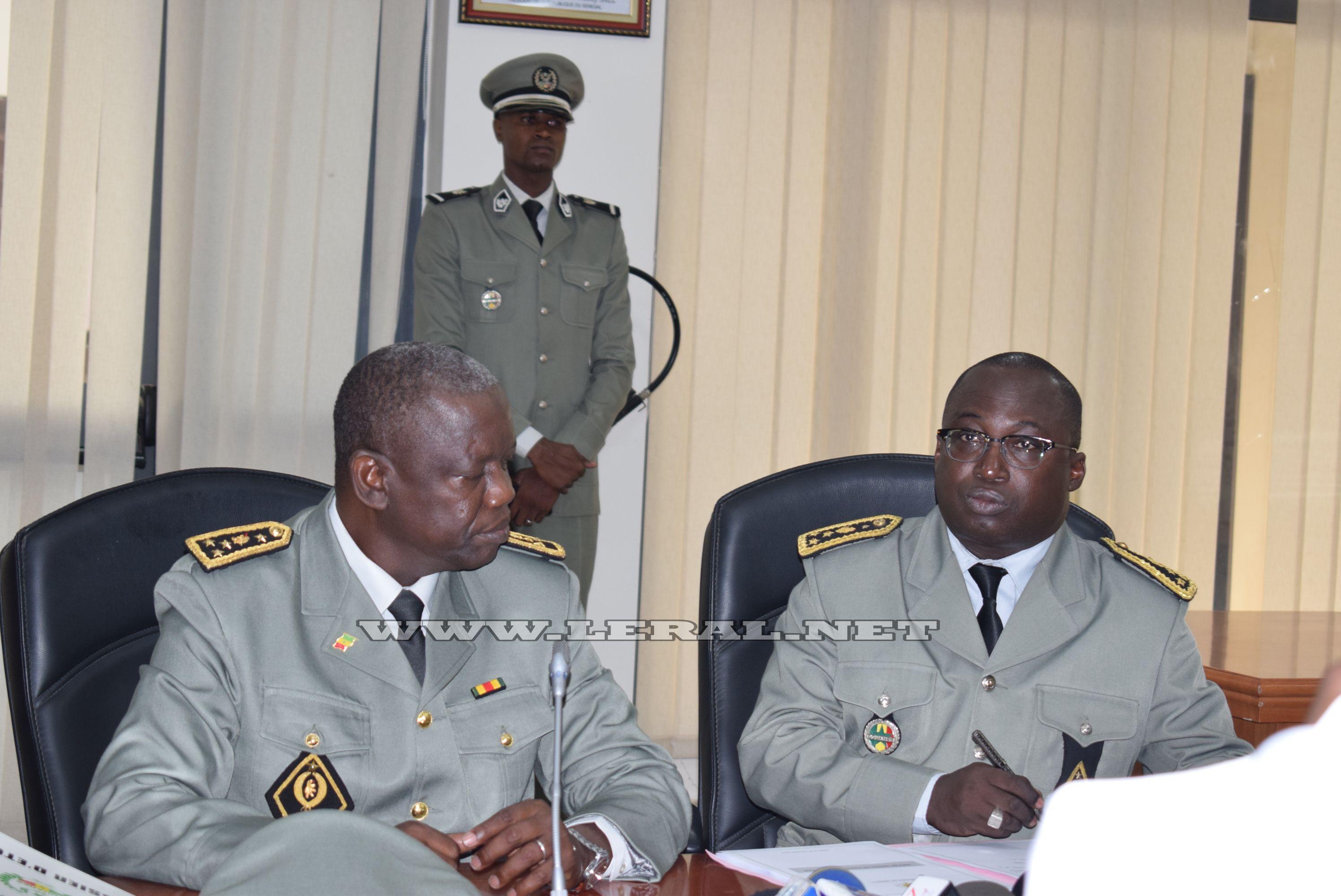 Direction générale des Douanes : Papa Ousmane Guèye passe le témoin à Oumar Diallo