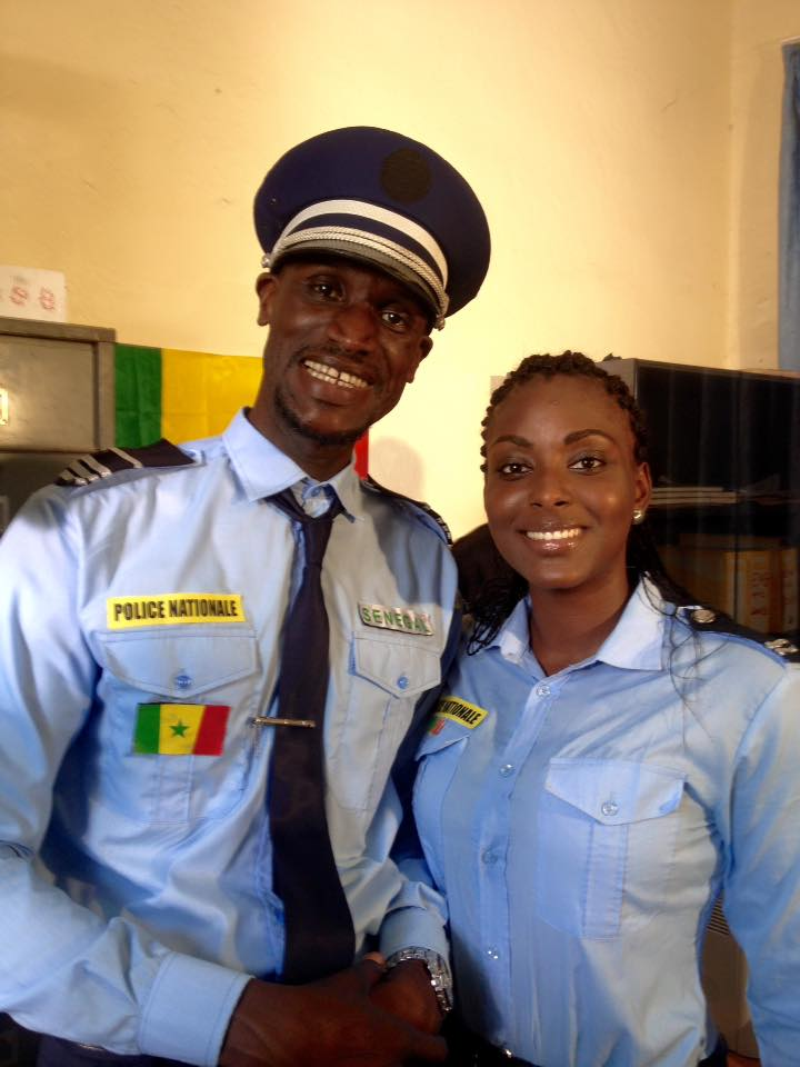 Photos : Sanex et Halima mode policier