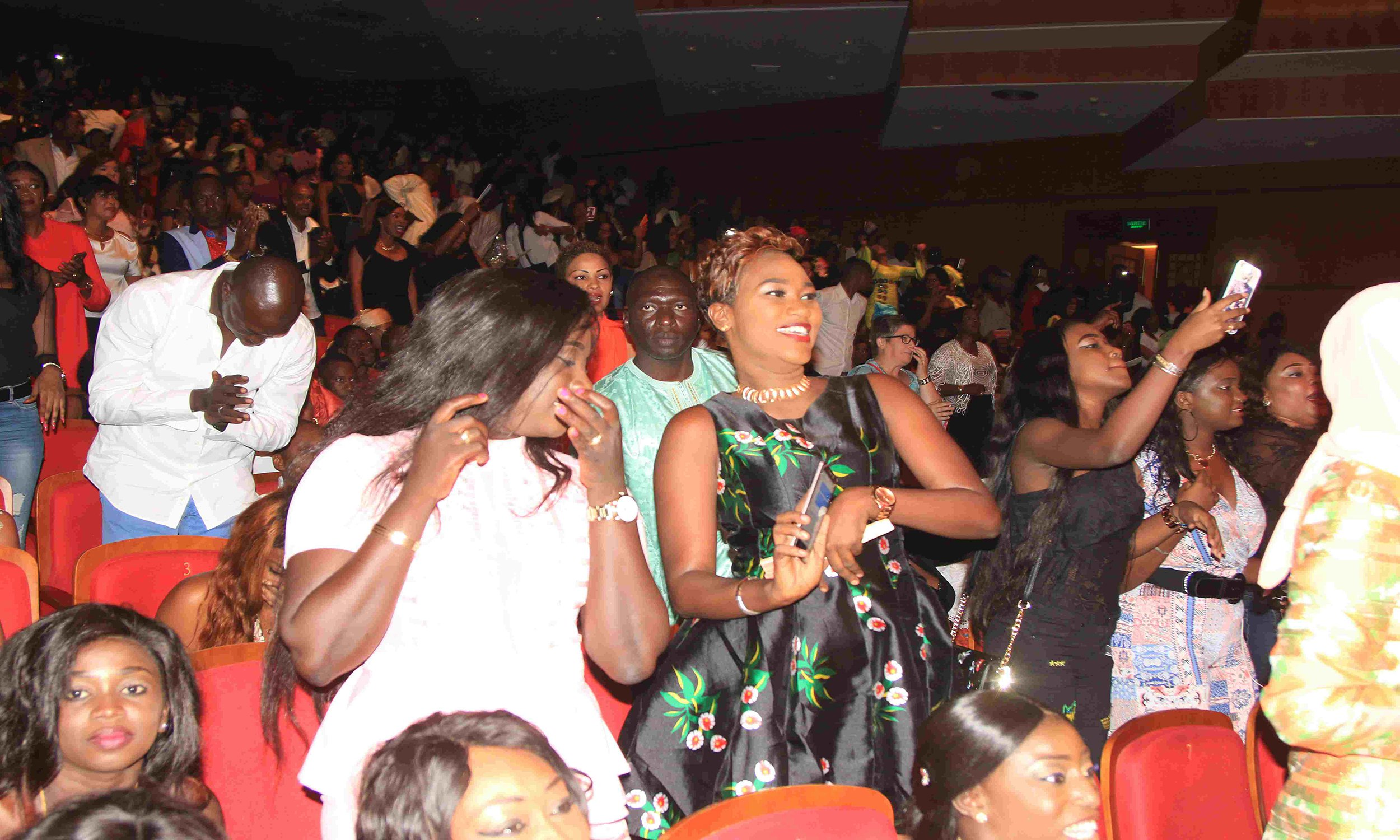 ( 17 Photos ) Avant-première Bercy de Youssou Ndour au Grand Théâtre...Tout ce que vous n'avez pas vu en images!!