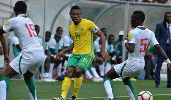 """Défaits mais fair-play, les Bafana-Bafana prédisent aux """"Lions"""" du Sénégal une bonne Coupe du Monde"""