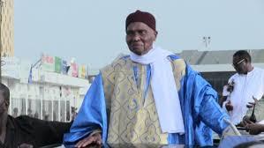 Léona niassène : l'imam de la Grande mosquée menace Me Abdoulaye Wade et prend la défense de Macky Sall