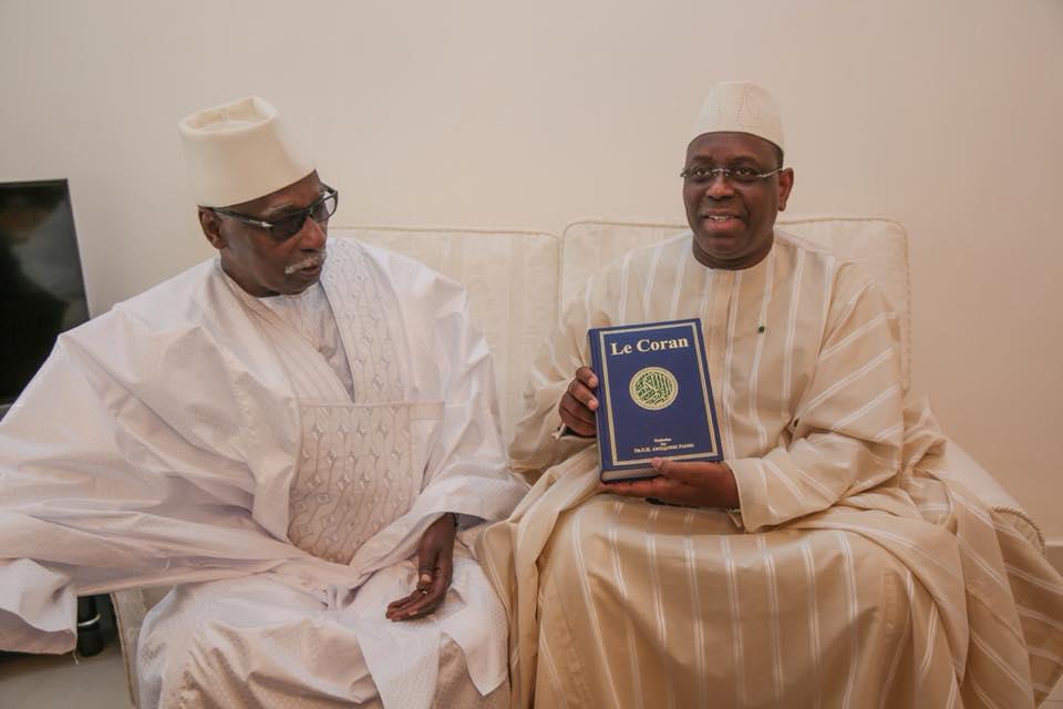 Photos-Le Président Macky Sall, son épouse Marième Faye Sall et le Khalife général des Tidianes en …