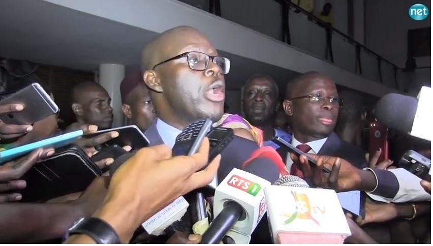 Vidéo-Cheikh Bamba Dièye à Macky Sall : « Le monstre qui est tapi derrière le rideau, doit rire au nez, mais … »