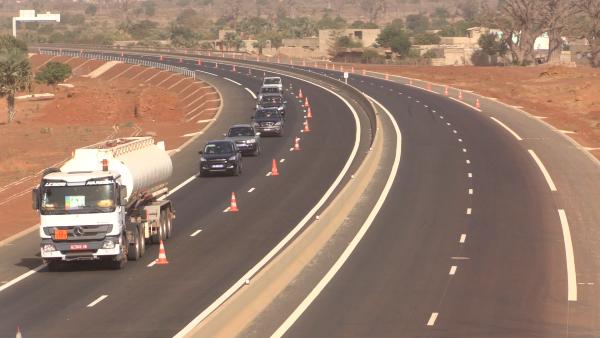 Khoult Ndiaye, directeur régional Ageroute Thiès-Diourbel : « Une partie de l'autoroute  Ila Touba ouverte entre mercredi et vendredi »