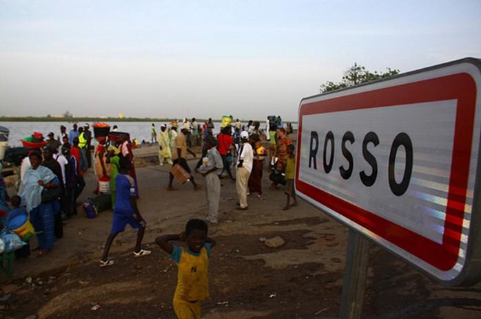 Rosso Sénégal : Un étudiant nigérian attaque au couteau un agent de la police
