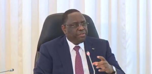 """Macky Sall: """"Le Sénégal n'a pas de risque de surendettement"""""""