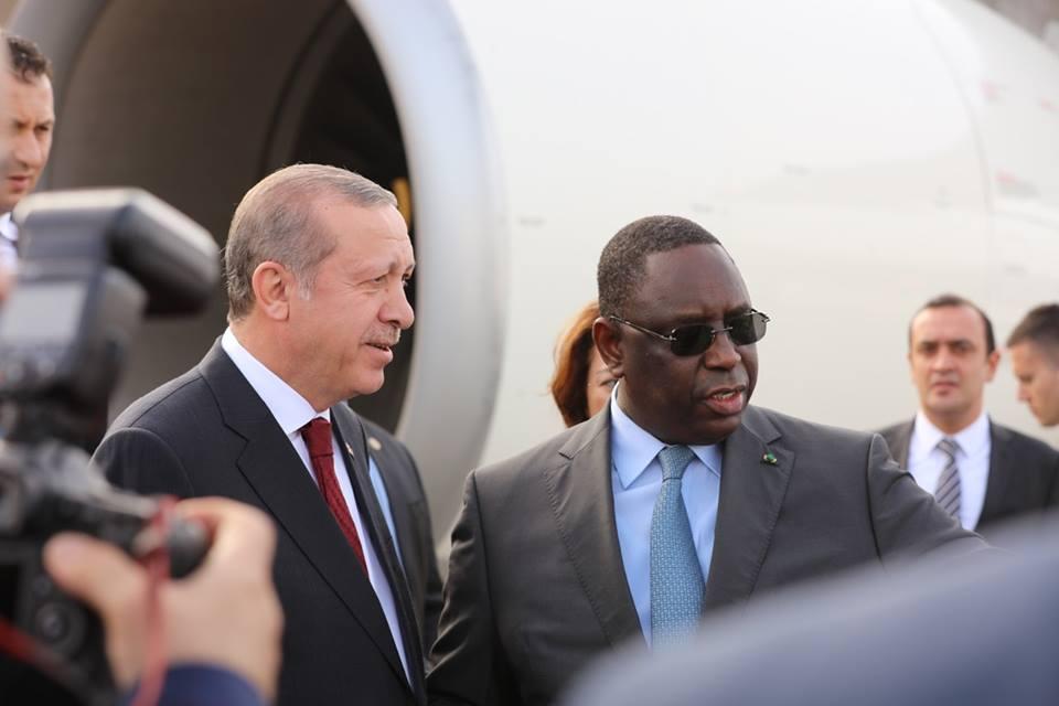 Inauguration AIBD : Le chef de l'Etat effectue un voyage simulé avec ses hôtes.