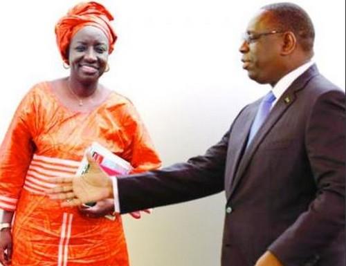 L'APR vole au secours de Mimi Touré sur la polémique des 200 milliards de francs recouvrés