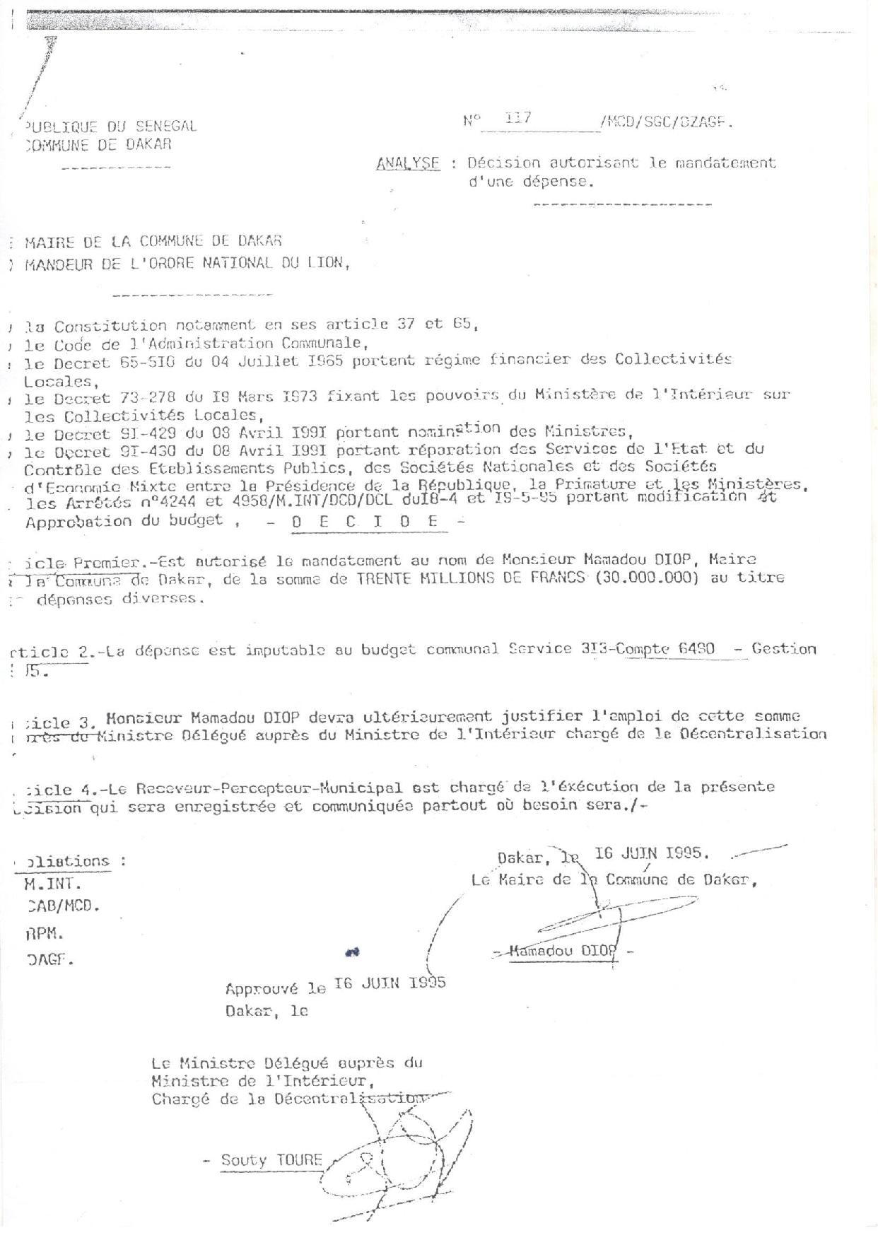 Caisse d'avance Mairie de Dakar : Voici quelques documents d'archives à valeur documentaire signés par l'ancien édile, Mamadou Diop